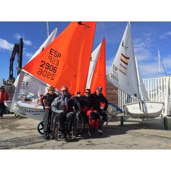Добра европейска практика: Местна инициативна рибарска група подпомага създаването на първото училище по ветроходство за хора с увреждания в Испания